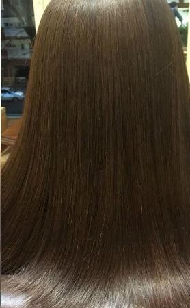 縮毛矯正と白髪染めを同時にすることが可能。(After)