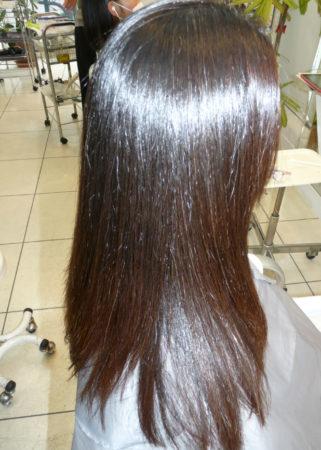 縮毛矯正とカラーが同時にできるのは嬉しい。(After)