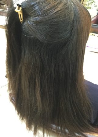 まとまりのあるツヤ髪(Before)