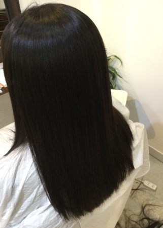 まとまりのあるツヤ髪(After)