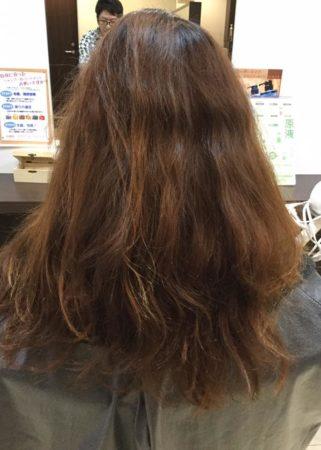 髪がこんなにツヤサラになるなんて(Before)